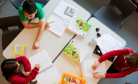 آموزش دانش آموز محور
