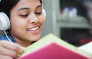 یادگیری از طریق شنوایی و نقش نرم افزار مدرسه
