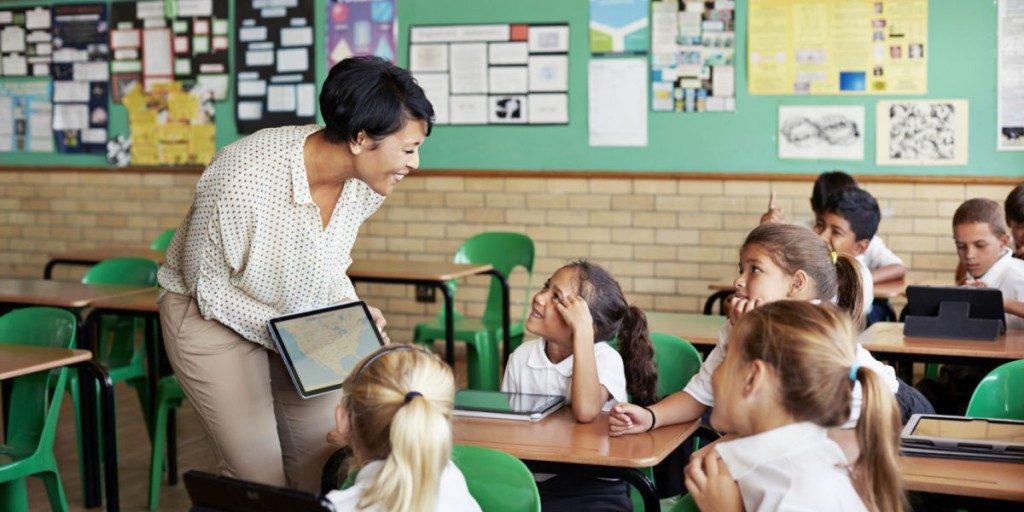 فواید سامانه مدارس هوشمند
