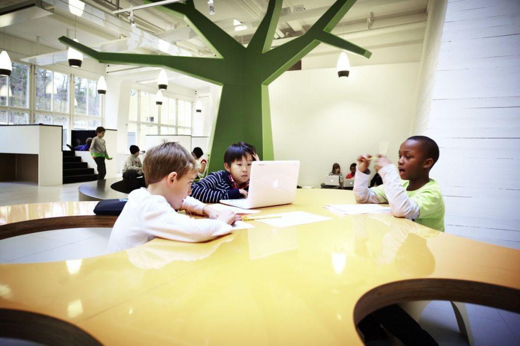 هوشمندسازی مدارس سوئد